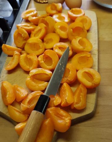 Apricots_01